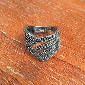 Swiss Marcasite .84cts Black Stainless Size 8 Ring